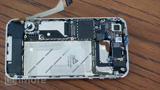iPhone 4 CDMA cables removed from logic board