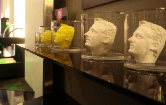 MakerBot face portraits in jars